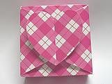 PC-1 Caixa Coração Xadrez Pink, Medidas: 6.5 X 6.5 X 3 cm