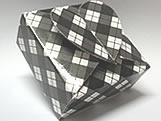 PC-1 Caixa Coração Xadrez Preta, Medidas: 6.5 X 6.5 X 3 cm
