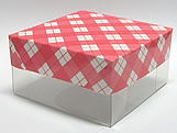 PMB-13 Xadrez Vermelha, Medidas: 7.5 X 7.5 X 4 cm