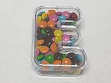 Letra Caixa E Cristal, Medidas: 5.3 X 8 X 2.5 cm